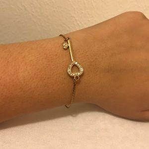 Jewelry - Heart locket bracelet